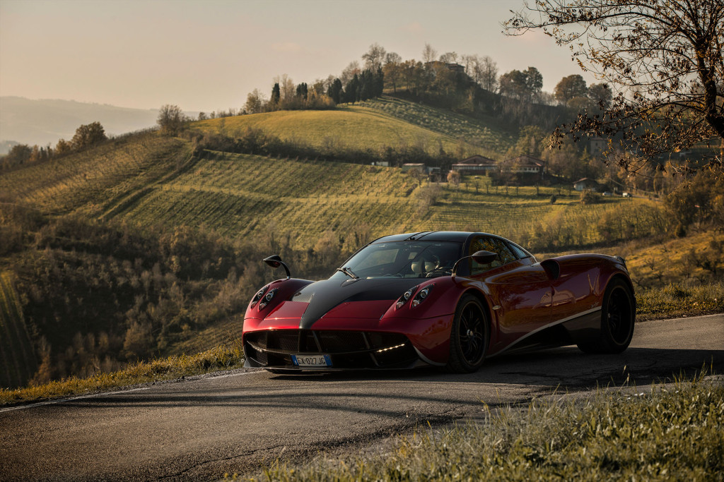 Pagani Huayra Bc For Sale >> How ZeroLight VR Tech Changes Car Buying Experience